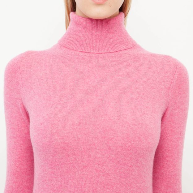 How to Choose a Cashmere Sweater